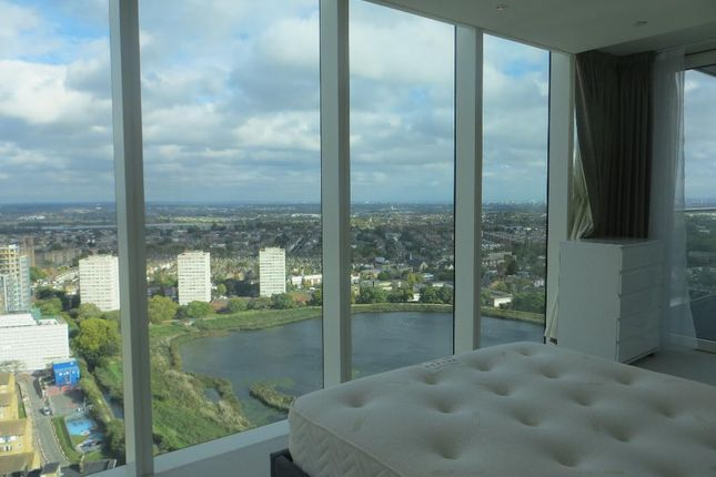 Photo 9 of Skyline Tower, Woodberry Down Estate, Woodberry Park, London N4