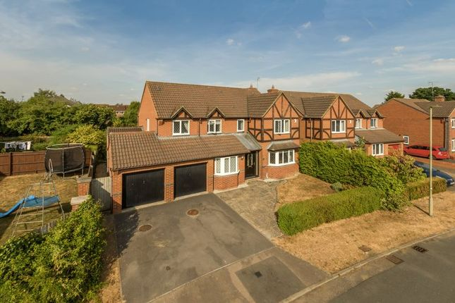 Thumbnail Detached house for sale in Jay Close, Bicester