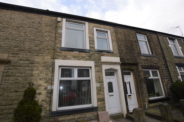 Thumbnail Terraced house to rent in Crown Lane, Horwich