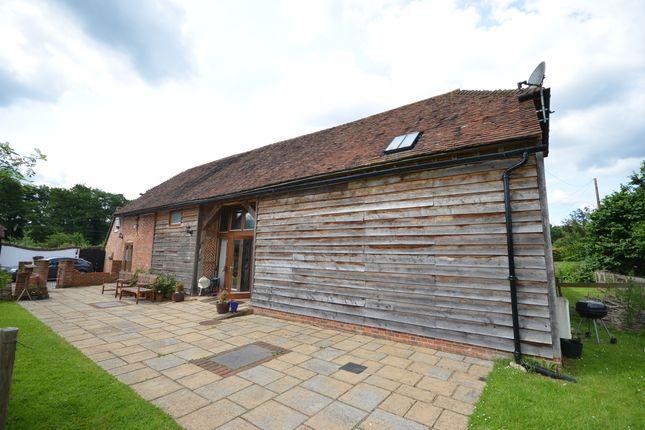 3 bed barn conversion to rent in Farnham Road, Elstead, Godalming GU8