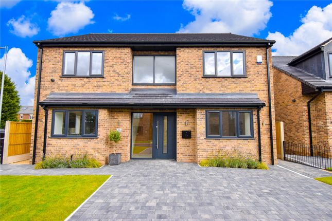 4 bed detached house for sale in Meadow Court, Swinston Hill Road, Dinnington, Sheffield S25