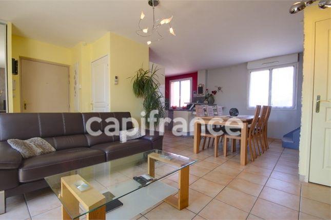 3 bed apartment for sale in Provence-Alpes-Côte D'azur, Bouches-Du-Rhône, Marseille 15Eme Arrondissement