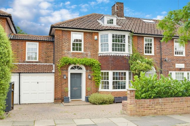 Thumbnail Terraced house for sale in Grosvenor Road, Muswell Hill, London