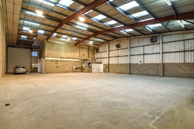 Thumbnail Warehouse to let in Park Royal, London