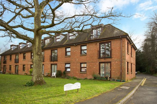 Thumbnail Flat for sale in Delves House West, Ringmer