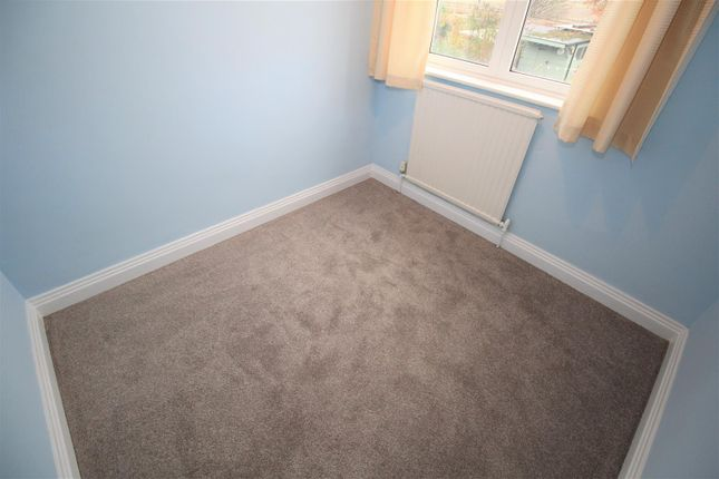 Bed 3 of Trowell Grove, Trowell, Nottingham NG9