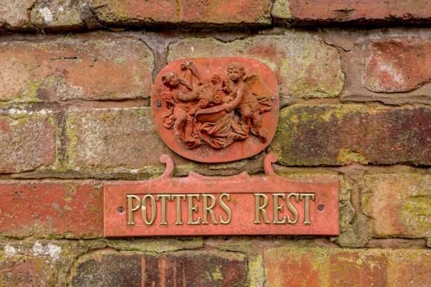Potters Rest of Allostock, Knutsford, Cheshire WA16