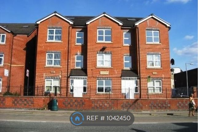 1 bed flat to rent in Powell House, Bury BL9