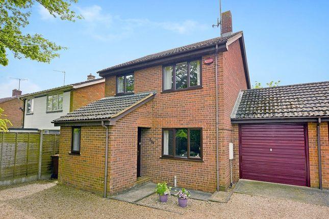 Thumbnail Link-detached house for sale in Faversham Road, Kennington, Ashford