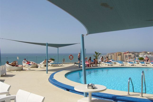 Thumbnail Hotel/guest house for sale in Fuengirola, Andalusia, Spain