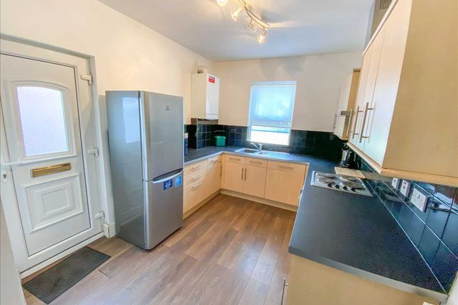 Thumbnail Flat to rent in Linacre Road, Bootle, Liverpool
