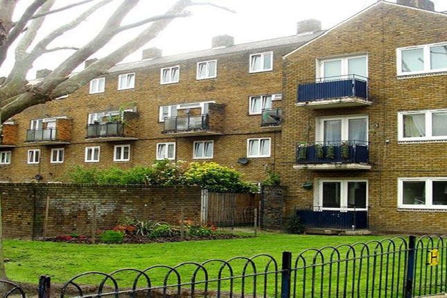 Thumbnail Flat to rent in Burbage Close, London