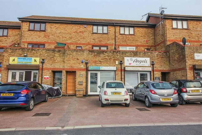 Thumbnail Flat to rent in Acorn Mews, Harlow, Essex