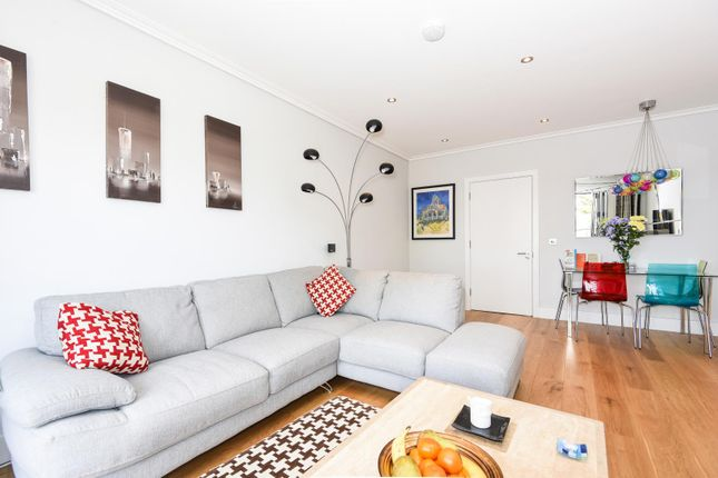 Thumbnail Flat to rent in Ducks Hill Road, Northwood