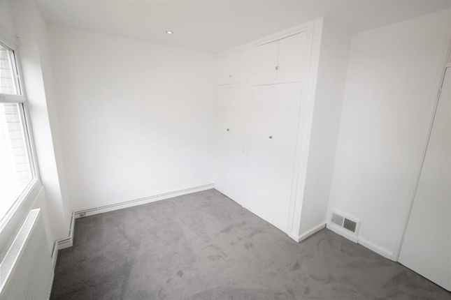 Bedroom 1 of Beaconsfield, Romilly Road, Barry CF62