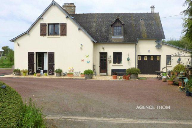 Buais, 50640, France