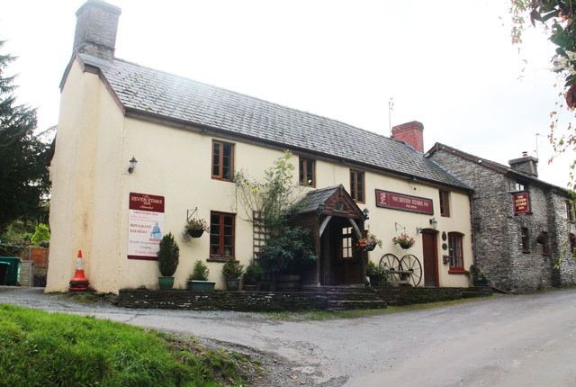 Thumbnail Pub/bar for sale in Aberedw, Builth Wells