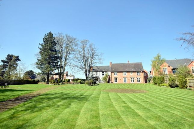 Thumbnail Flat for sale in Soar Road, Quorn, Loughborough