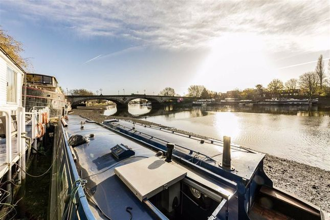 Houseboat to rent in The Mall, Boston Manor Road, Brentford