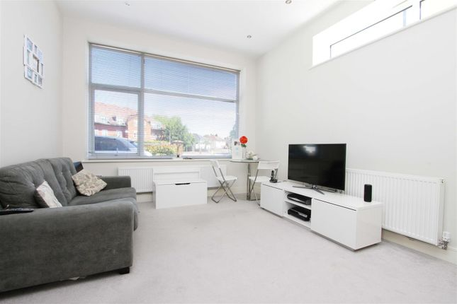 Living Room of Kingswood Place, Hayes UB4
