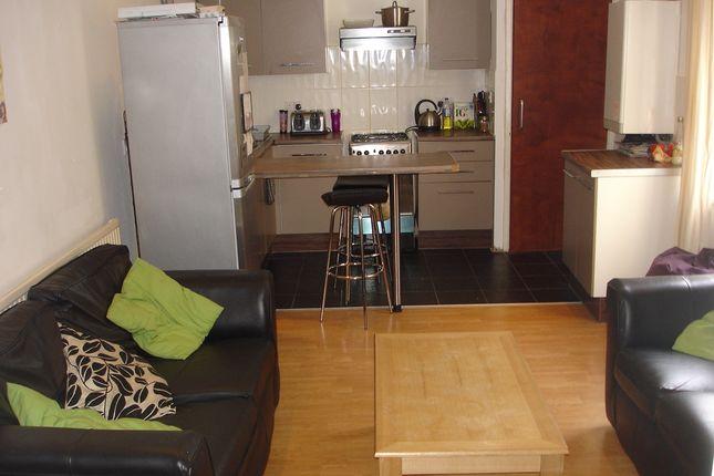 Thumbnail Duplex to rent in Richmond Road, Cardiff