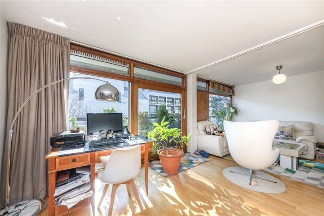 1 bed property for sale in Andrewes House, Barbican, London EC2Y
