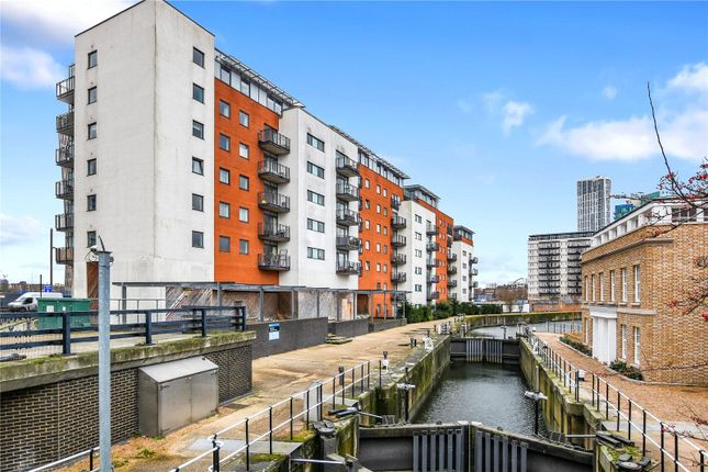 1 bed flat to rent in The Lock Building, 72 High Street, London E15