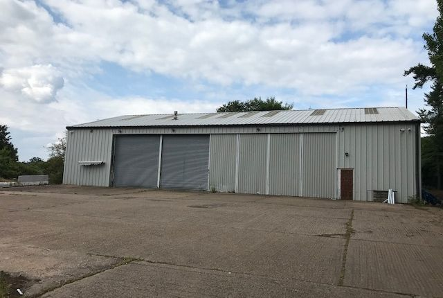 Warehouse to let in Snitterfield Road, Bearley