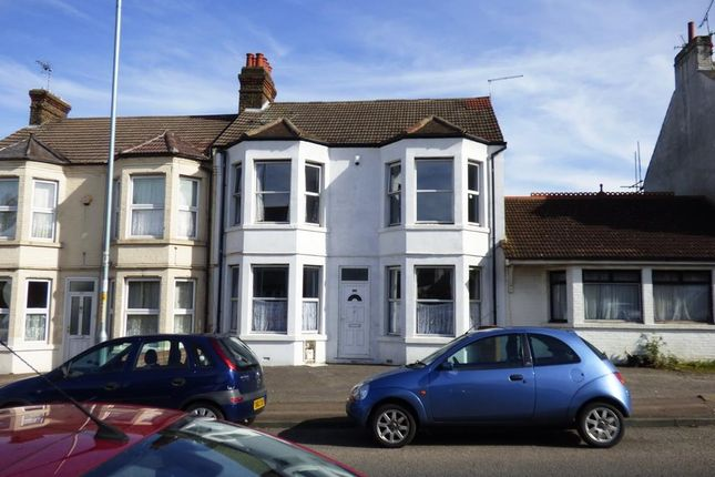 Thumbnail Property to rent in Nelson Road, Gillingham
