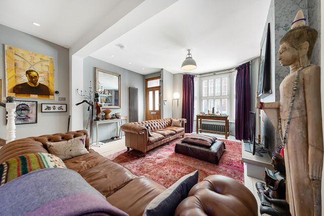 4 bed property for sale in Strathleven Road, London SW2