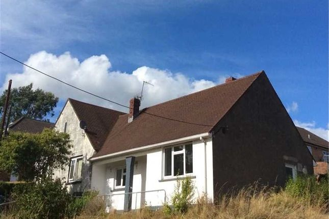 Thumbnail Bungalow to rent in Brynglas Avenue, Cwmavon, Port Talbot