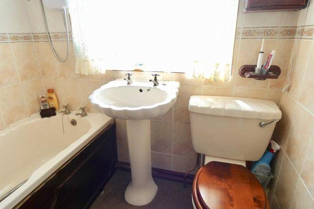 Bathroom of Garborough Close, Crosby, Maryport CA15