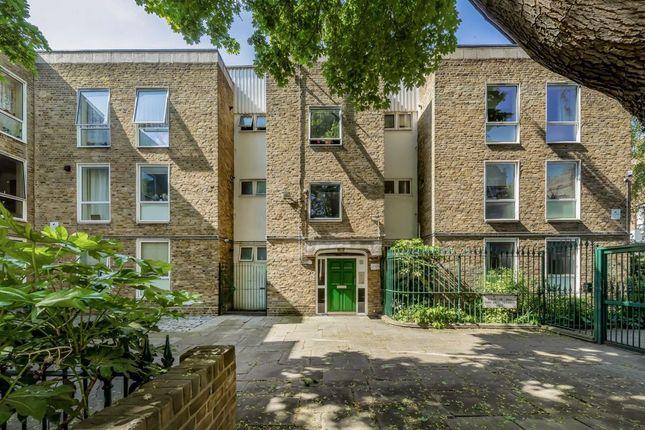 Thumbnail Flat to rent in Camden Walk, London