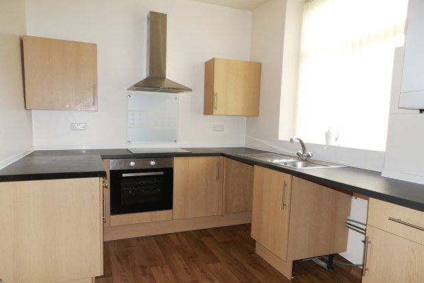 3 bed property to rent in James Street, Colne BB8