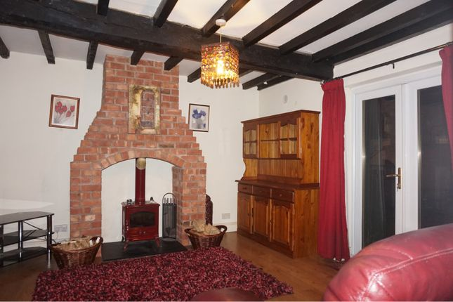 Thumbnail Cottage to rent in Old Chester Road South, Kidderminster