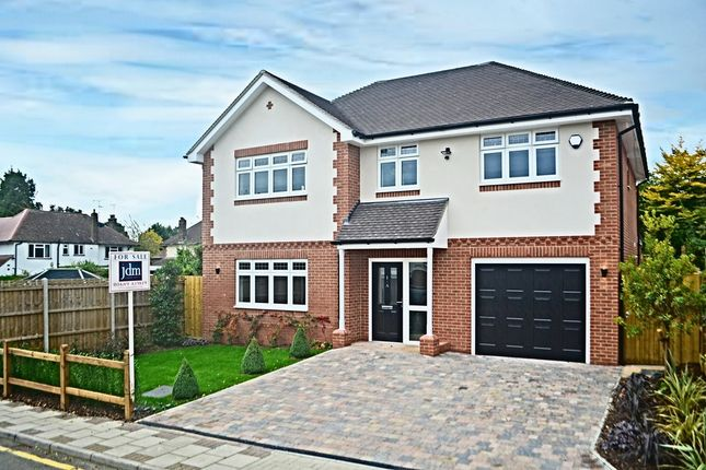 Thumbnail Detached house for sale in Brookside, Orpington