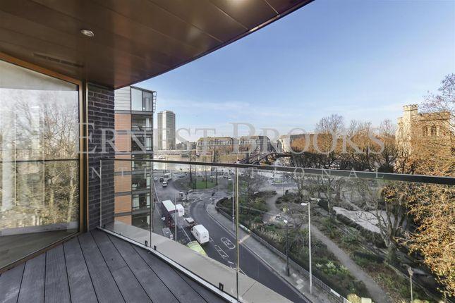 Thumbnail Flat to rent in Palace View, 1 Albert Embankment