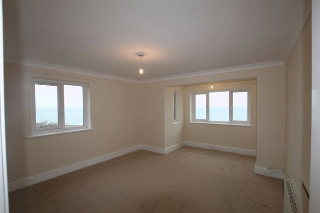 Thumbnail Flat to rent in Oval Lane, Selsey, Chichester