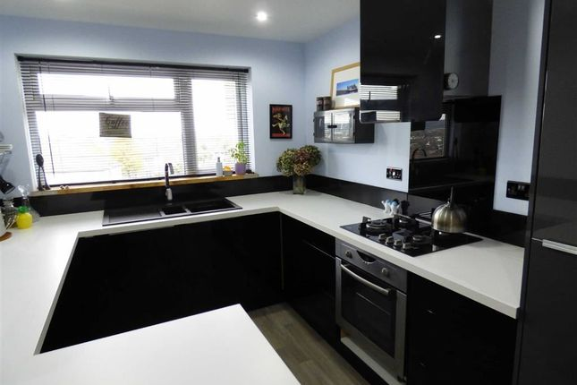 Thumbnail Flat to rent in Spring Hill, Worle, Weston-Super-Mare