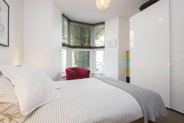 Bedroom of Farleigh Road, London N16