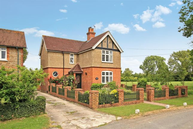 Thumbnail Detached house for sale in Astrope, Tring