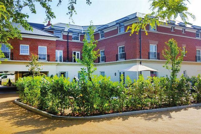 Thumbnail Property for sale in Fleur-De-Lis, Renaissance Retirement, Hartley Wintney