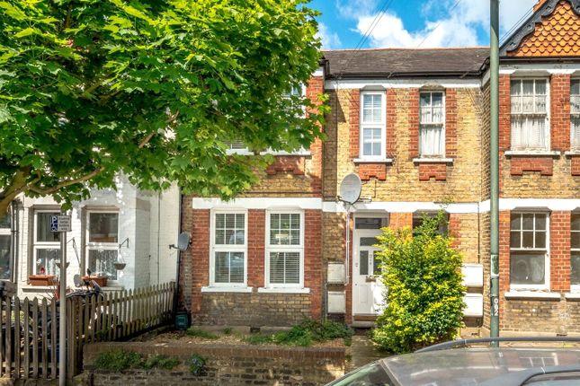 Thumbnail Flat to rent in Darell Road, Kew, Richmond, Surrey