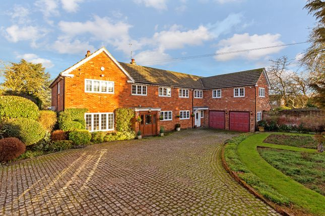 Thumbnail Detached house for sale in London Road, St. Ippolyts, Hitchin