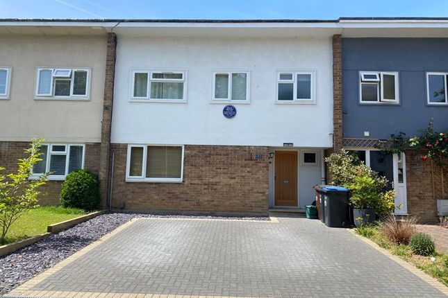 3 bed terraced house to rent in The Chantry, Harlow CM20