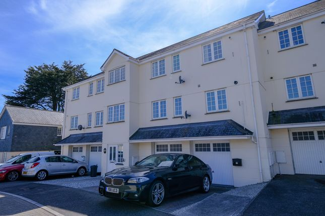 Thumbnail Flat for sale in Chy Pons, St. Austell