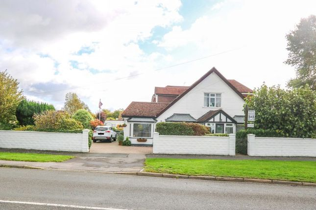 Thumbnail Detached house for sale in Havant Road, Hayling Island