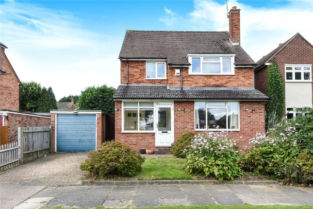 Thumbnail Detached house for sale in Meredith Close, Pinner, Middlesex