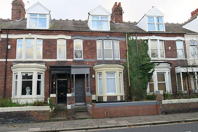 3 bed flat to rent in Sunderland Road, South Shields NE33