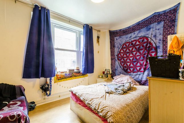 Thumbnail Flat for sale in Turin Street, Bethnal Green